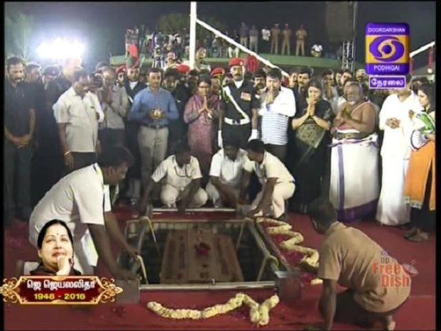 J-Jayalalithaa-Was-Buried-in-Marina-Beach-640x480.jpg